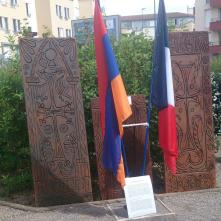 Plaque mémorielle du génocide arménien à Clermont-Ferrand - crédits A.C.