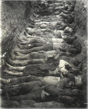 Fosse commune d'arméniens assassinés - Crédits photos : Comité de Défense de la Cause Arménienne / www.cdca.asso.fr