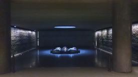 Crypte et tombeau symbolique des 6 millions de juifs exterminés - Mémorial de la Shoah - Crédits photo A.C