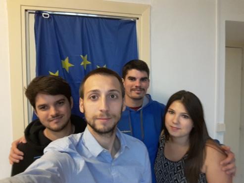 Nouveau bureau des Jeunes Européens Auvergne : Pierre Pointillart (Secrétaire Général), Anthony Courtalhac (Président), Louis Mancheron (VP et ancien Président), Marie Bonhomme (Trésorière)