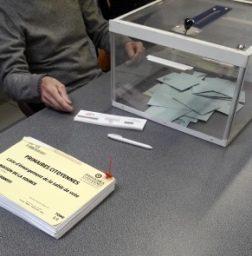 Bureau de vote des primaires - Crédits photo A.C.